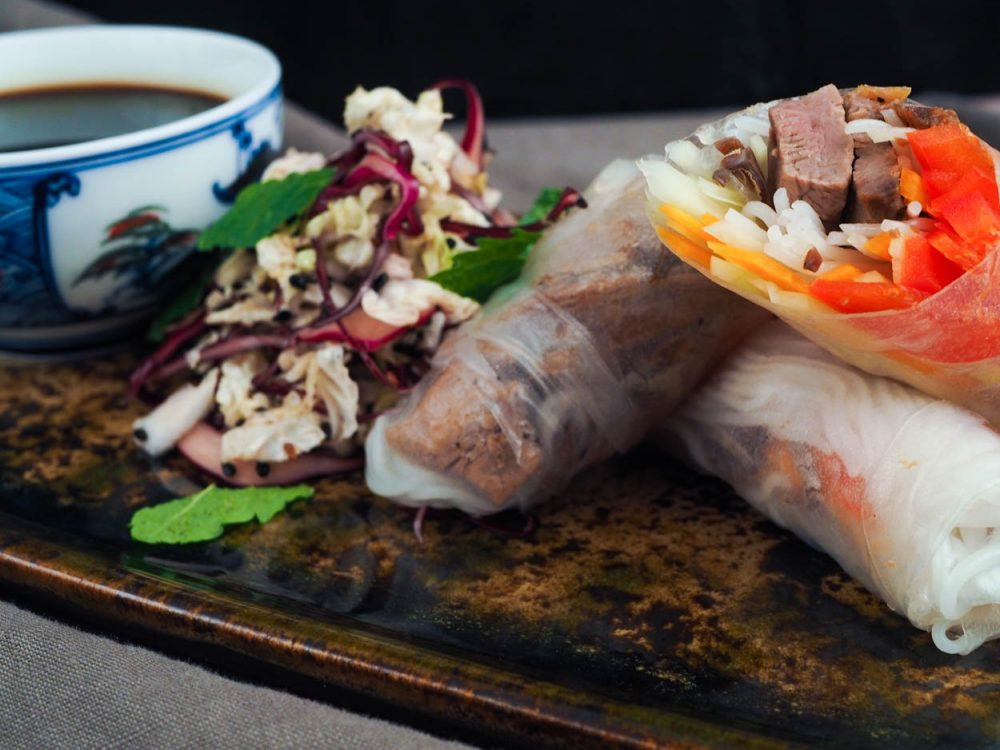 Duck rolls with cabbage salad and kaeshi